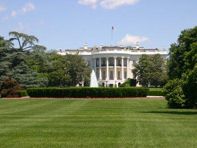 ■ザ・ホワイトハウス ホワイトハウスは、アメリカを象徴する建物のひとつだ... ホワイトハウス旅